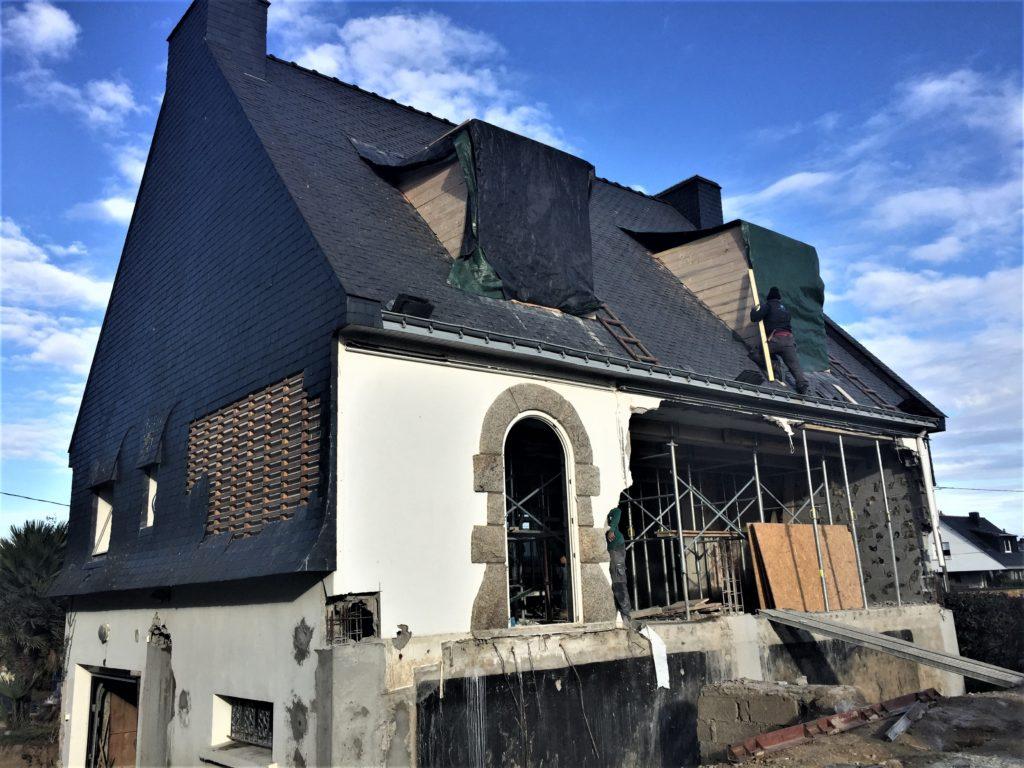 Extérieur en cours de démolition