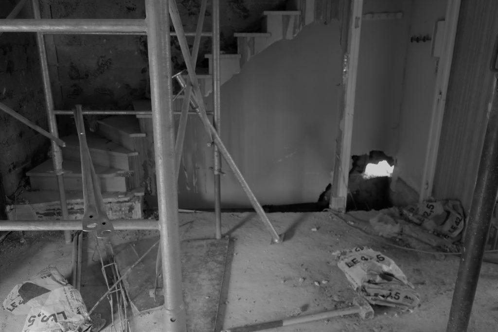 Intérieur en cours de démolition
