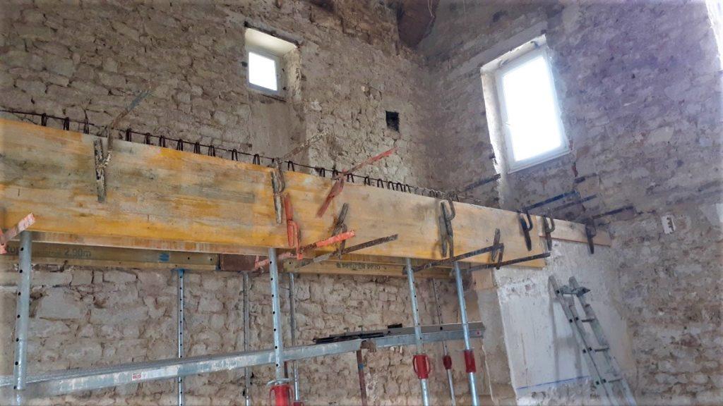 Création d'une poutre béton pour support plancher béton